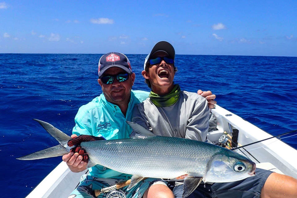 Seychelles cosmoledo saltwater fly fishing with fly odyssey for Seychelles fly fishing